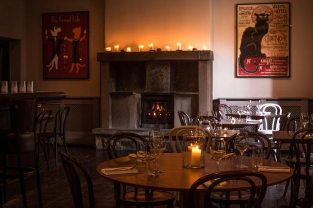 Anfora Wine Bar & Restaurant